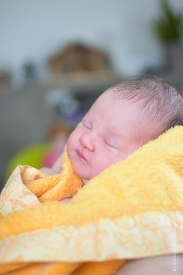 bébé couverture orange dodo