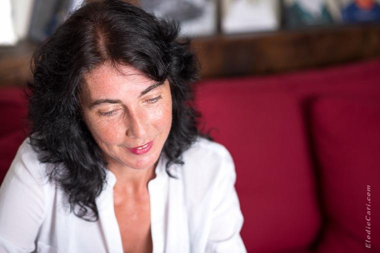 portrait rouge librairie femme alsace haut-rhin photographe