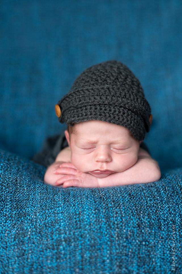 bébé dodo casquette bouton bleu gris