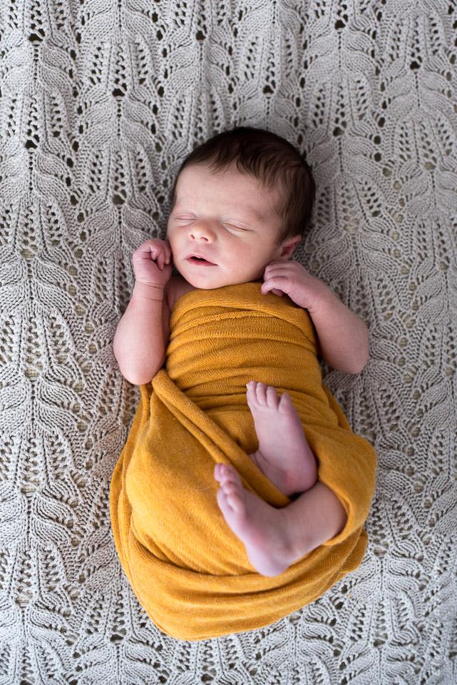 photographe-bebe-newborn-posing-alsace-colmar-2