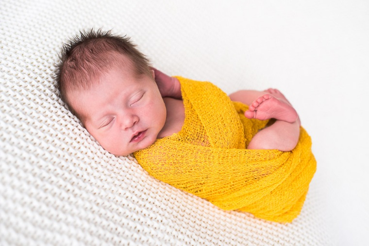 newborn-posing-alsace-1