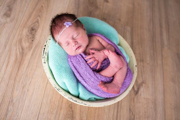 newborn-posing-alsace-13