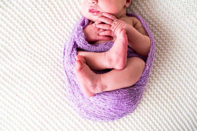 newborn-posing-alsace-6
